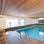 Schwimmen, saunieren und Massagen genießen im Hotel Mondschein